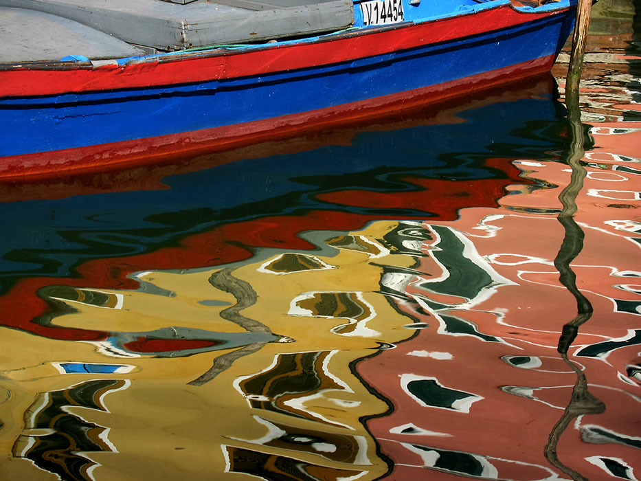 http://www.richardsprengeler.com/reflections-burano/