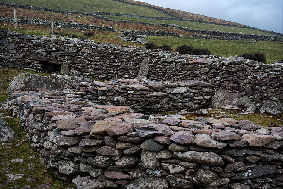 http://www.richardsprengeler.com/fahan-beehive-huts-dingle-peninsula/