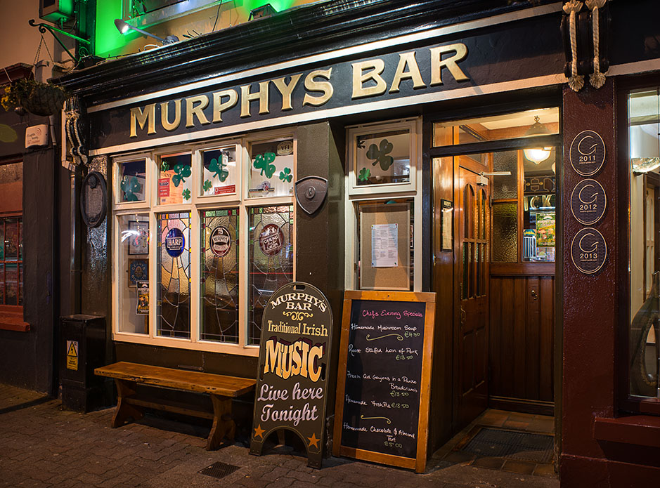 http://www.richardsprengeler.com/murphys-bar-killarney/