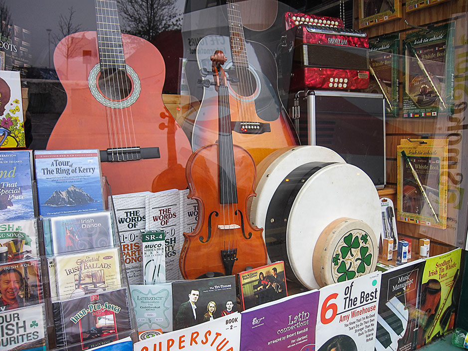 http://www.richardsprengeler.com/music-store-window-killarney/