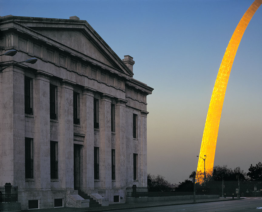/product//the-old-courthouse-and-the-arch-sunset/
