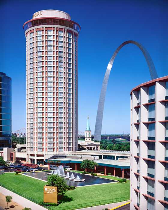 /product//regal-hotel-and-the-arch-st-louis/
