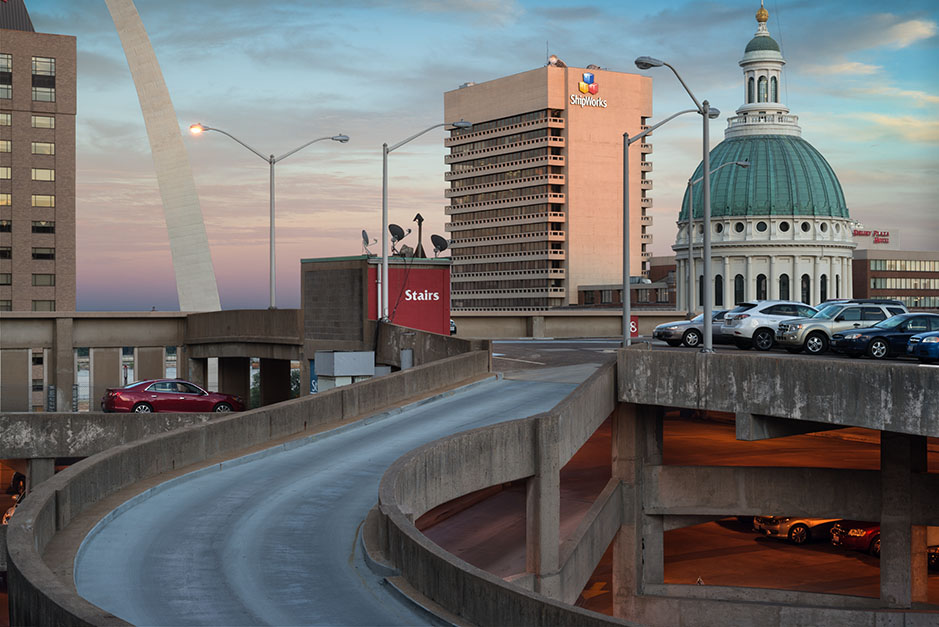 http://www.richardsprengeler.com/the-arch-and-the-old-courthouse-from-keiner-plaza-garage-sunset-2/
