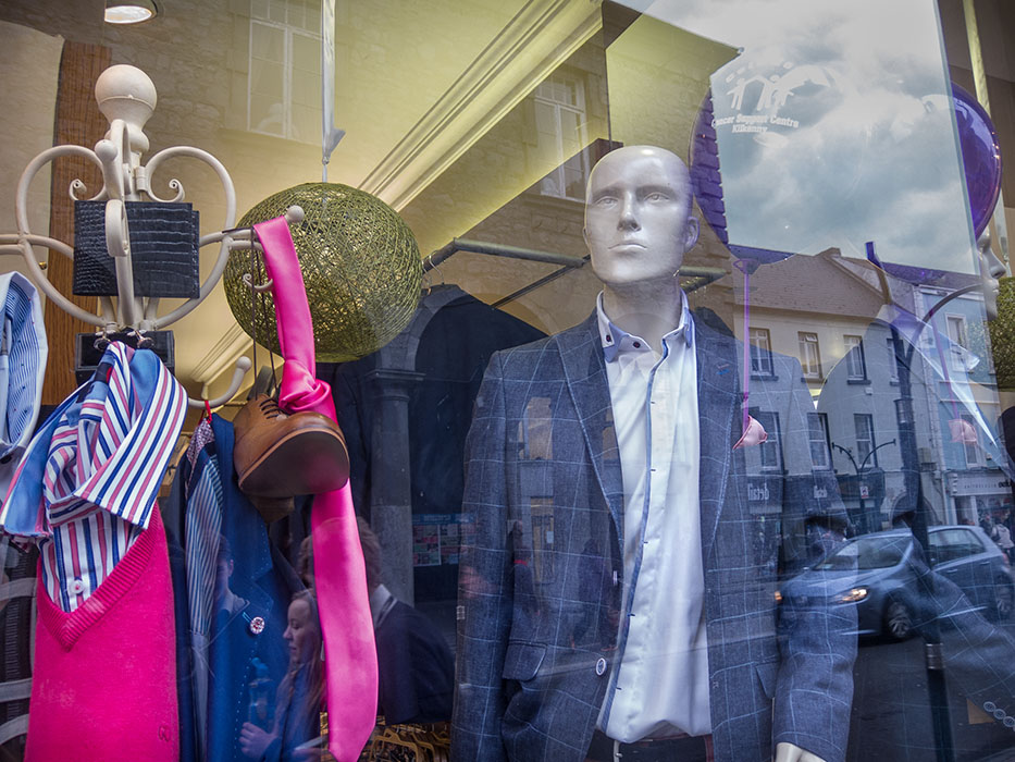 http://www.richardsprengeler.com/display-window-2-kilkenny/