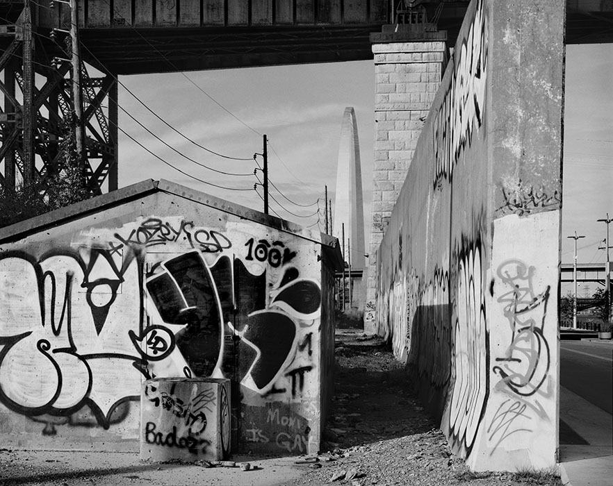 http://www.richardsprengeler.com/graffiti-flood-wall-and-the-arch/