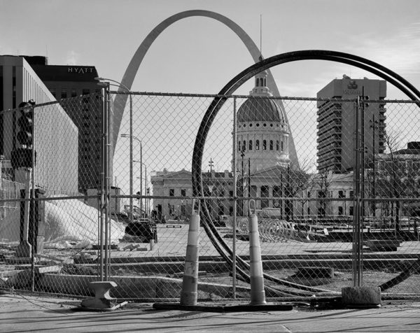 The Arch and the Old Courthouse from Keiner Plaza