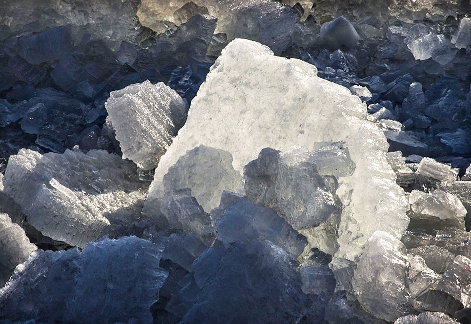 /product//river-ice-2/