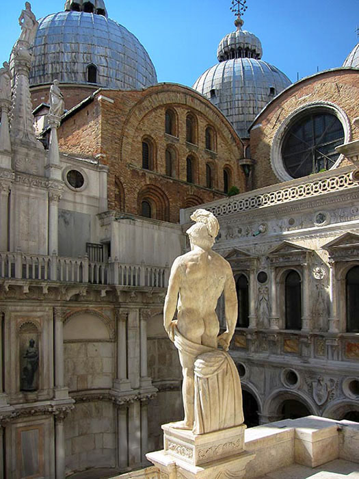 /product//statuary-doges-palace-venice/