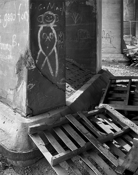 /product//under-the-old-vandeventer-overpass-3-1990/