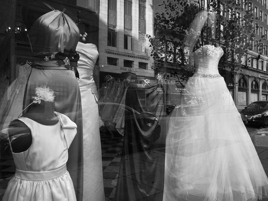 /product//window-reflections-olive-street-2008/