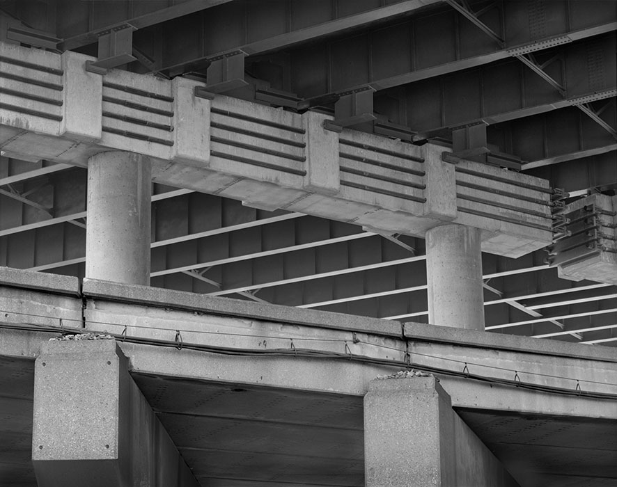 /product//elevated-railway-under-the-polar-street-bridge-2020/
