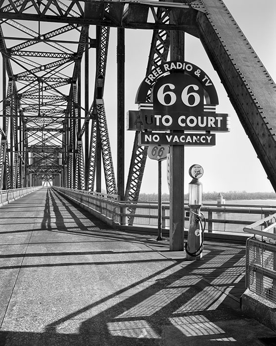 /product//old-chain-of-rocks-bridge-mississippi-river-2020/