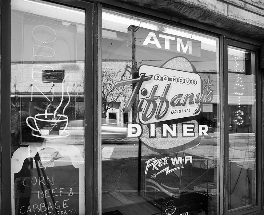 /product//tiffanys-diner-manchester-road-maplewood/
