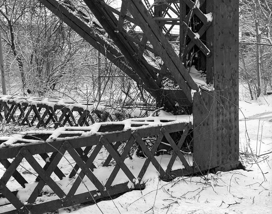 /product//trestle-macaurthur-bridge-winter-2021/